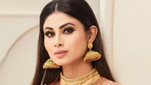 Mouni Roy Age, Photo(images), Boyfriend, Bio, Height, Family, Date Of Birth, Net Worth, Details, Hairstyle, Height, Education, Instagram, Wiki, Twitter, Facebook, Imdb, Youtube (3)