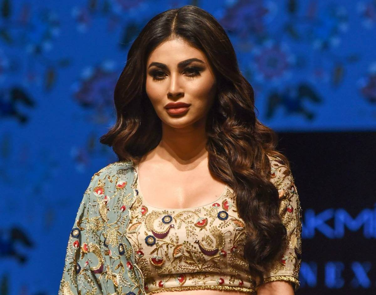 Mouni Roy Age, Photo(images), Boyfriend, Bio, Height, Family, Date Of Birth, Net Worth, Details, Hairstyle, Height, Education, Instagram, Wiki, Twitter, Facebook, Imdb, Youtube (32)