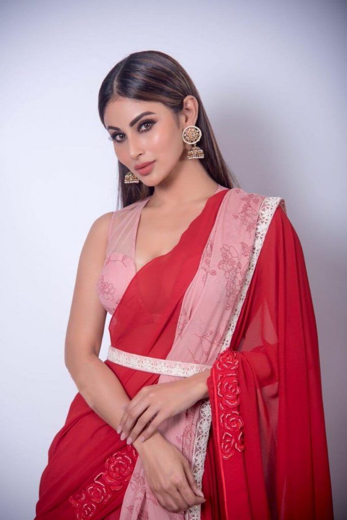 Mouni Roy Age, Photo(images), Boyfriend, Bio, Height, Family, Date Of Birth, Net Worth, Details, Hairstyle, Height, Education, Instagram, Wiki, Twitter, Facebook, Imdb, Youtube (48)
