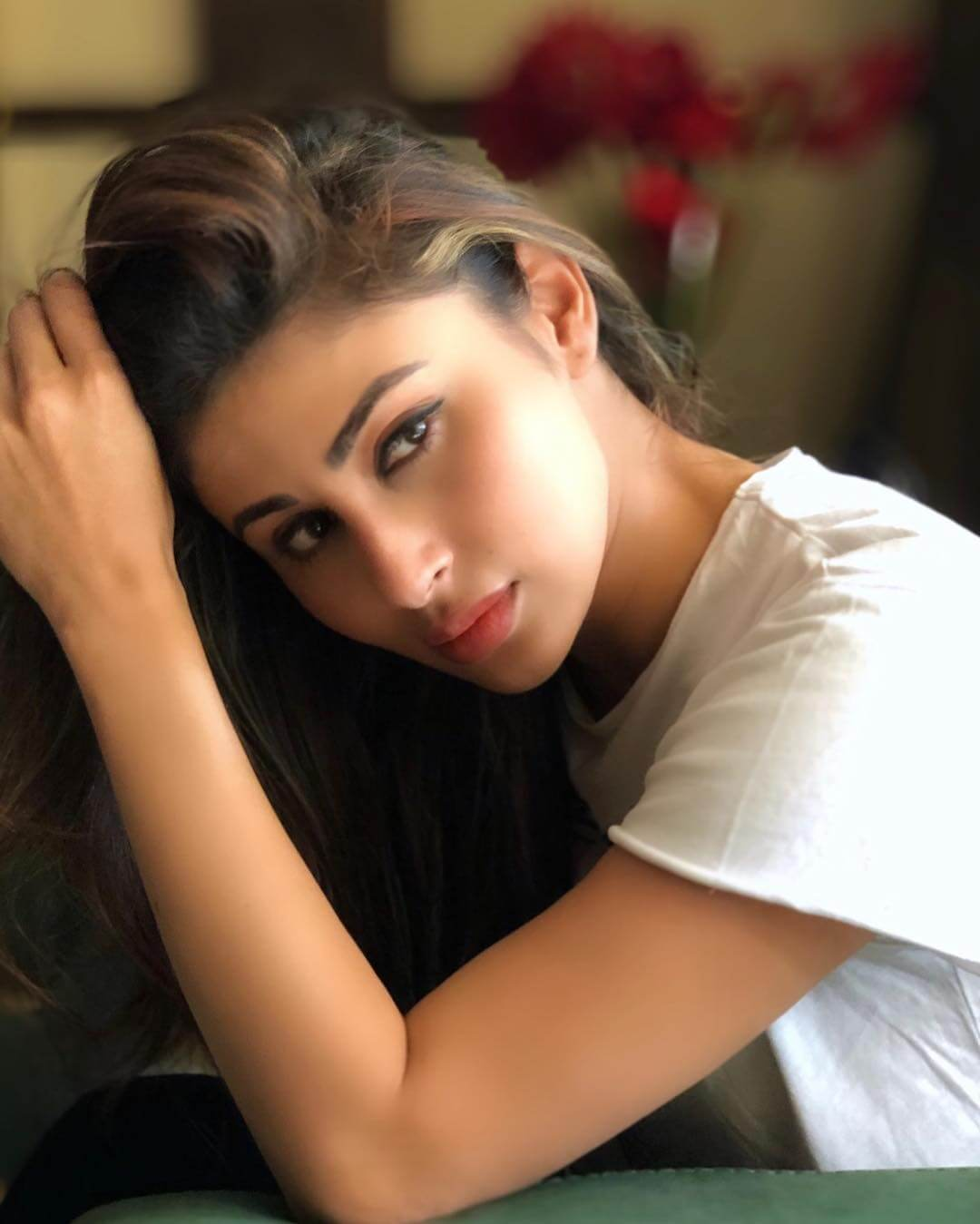 Mouni Roy Age, Photo(images), Boyfriend, Bio, Height, Family, Date Of Birth, Net Worth, Details, Hairstyle, Height, Education, Instagram, Wiki, Twitter, Facebook, Imdb, Youtube (55)