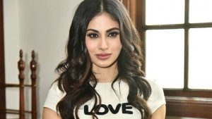 Mouni Roy Age, Photo(images), Boyfriend, Bio, Height, Family, Date Of Birth, Net Worth, Details, Hairstyle, Height, Education, Instagram, Wiki, Twitter, Facebook, Imdb, Youtube (61)