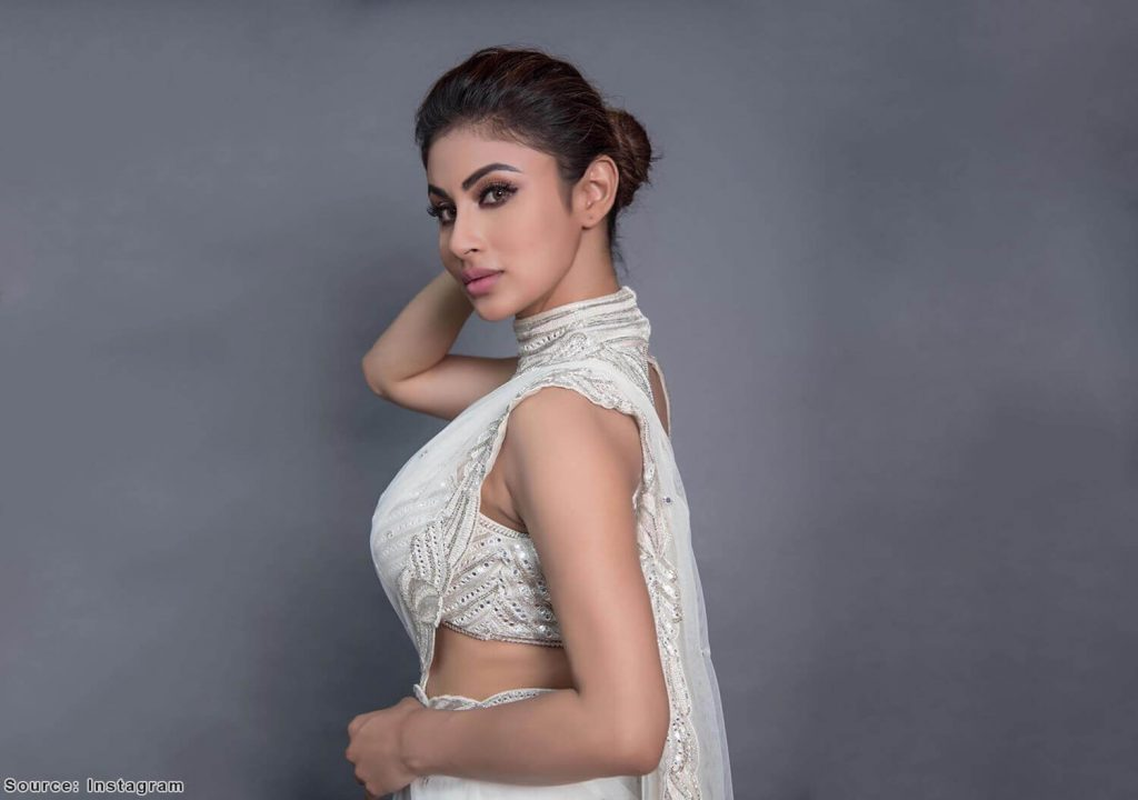 Mouni Roy Age, Photo(images), Boyfriend, Bio, Height, Family, Date Of Birth, Net Worth, Details, Hairstyle, Height, Education, Instagram, Wiki, Twitter, Facebook, Imdb, Youtube (63)