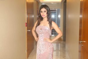 Mouni Roy Age, Photo(images), Boyfriend, Bio, Height, Family, Date Of Birth, Net Worth, Details, Hairstyle, Height, Education, Instagram, Wiki, Twitter, Facebook, Imdb, Youtube (7)