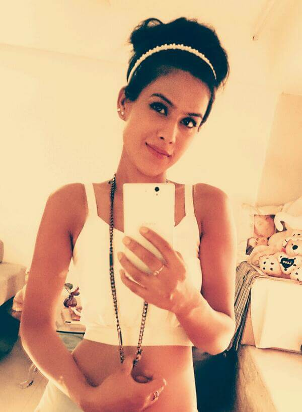 Nia Sharma Date Of Birth, Biography, Age, Height, Family, Boyfriend, Net Worth, Awards, Pictures(images), Education, Awards, Instagram,twitter, Wiki, Facebook, Youtube, Imdb (16)