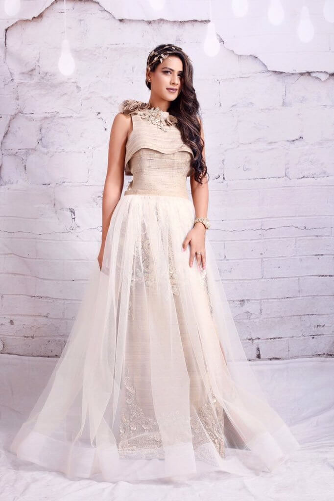 Nia Sharma Date Of Birth, Biography, Age, Height, Family, Boyfriend, Net Worth, Awards, Pictures(images), Education, Awards, Instagram,twitter, Wiki, Facebook, Youtube, Imdb (46)