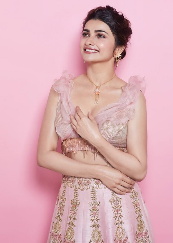 Prachi Desai Date Of Birth, Age, Biography, Height, Husband, Family, Photos(images), Education, Wiki, Haircut, Instagram, Twitter, Facebook, Imdb, Youtube, Website, Collection (23)
