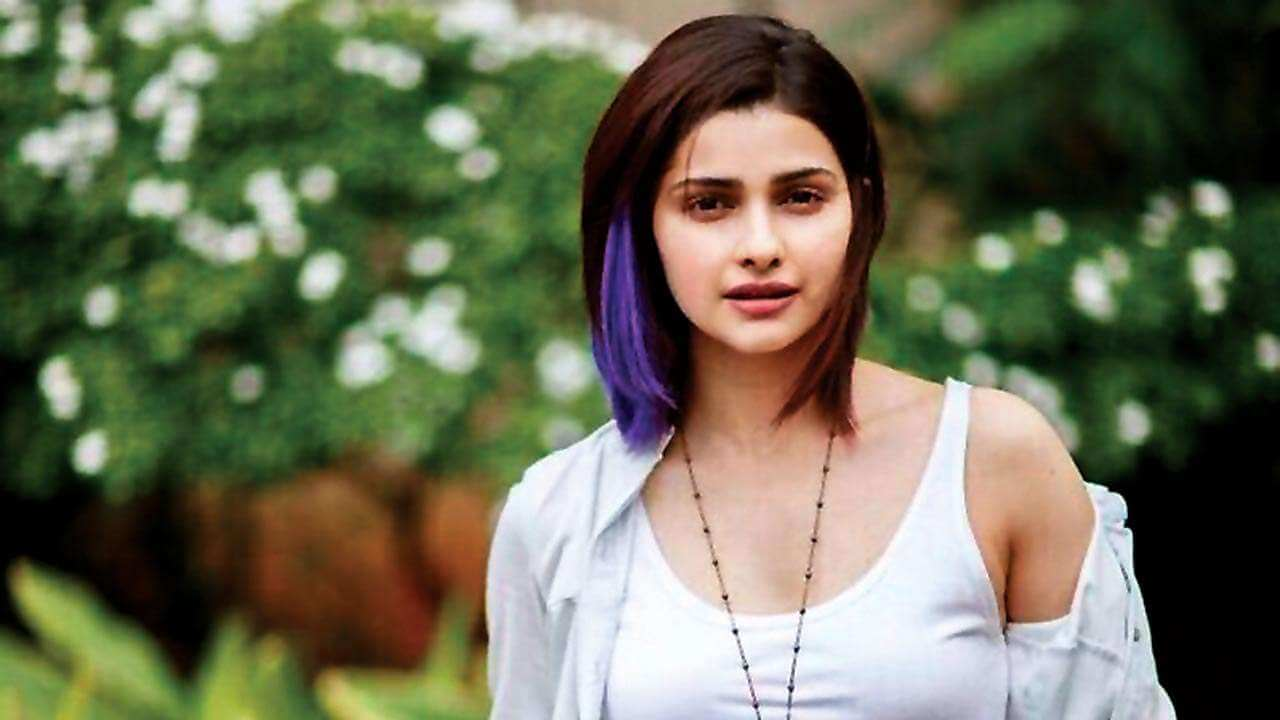 Prachi Desai Date Of Birth, Age, Biography, Height, Husband, Family, Photos(images), Education, Wiki, Haircut, Instagram, Twitter, Facebook, Imdb, Youtube, Website, Collection (8)