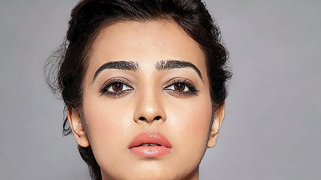 Radhika Apte Biography, Birthday, Age, Husband, Details, Education, Net Worth, Height, Images(photos), Wiki, Website, Instagram, Awards, Twitter, Facebook, Youtube, Imdb (7)