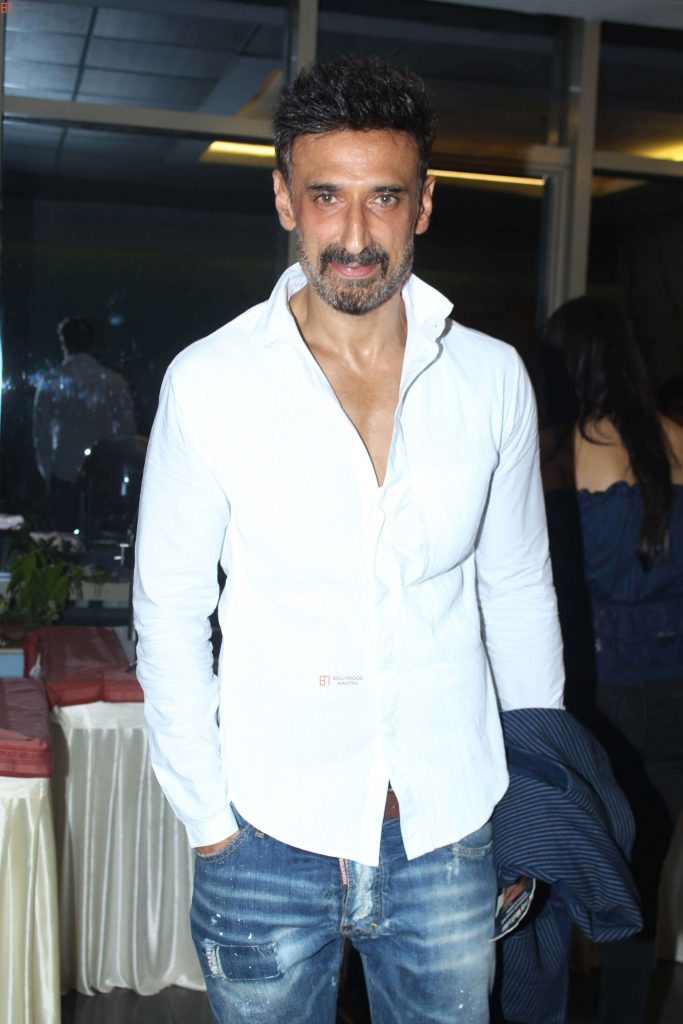 Rahul Dev Age, Wife, Brother, Image(photo), Biography, Height, Son, Father, Girlfriend, Net Worth, Date Of Birth, Wiki, Facebook, Twitter, Instagram, Imdb (31)