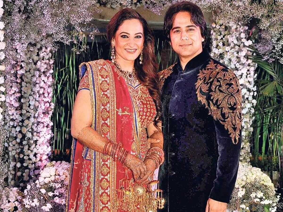Rakshanda Khan Age, Husband, Biography, Daughter, Net Worth, Date Of Birth, Wiki, Facebook, Image(photos), Twitter, Instagram, Imdb, Youtube (2) (1)