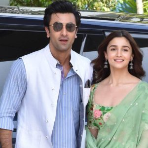 Ranbir Kapoor Birthdate, Net Worth, Height, Age, Images(photos), Wife, Father, Sister, Hairstyle, Bio, Education, Awards, Residence, Instagram, Twitter, Facebook, Wiki, Imdb, Youtube, Website (1 (21)
