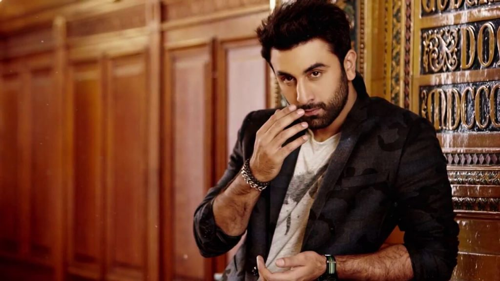 Ranbir Kapoor Birthdate, Net Worth, Height, Age, Images(photos), Wife, Father, Sister, Hairstyle, Bio, Education, Awards, Residence, Instagram, Twitter, Facebook, Wiki, Imdb, Youtube, Website (1 (28)