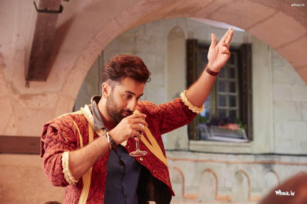 Ranbir Kapoor Birthdate, Net Worth, Height, Age, Images(photos), Wife, Father, Sister, Hairstyle, Bio, Education, Awards, Residence, Instagram, Twitter, Facebook, Wiki, Imdb, Youtube, Website (1 (7)