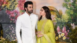 Ranbir Kapoor Birthdate, Net Worth, Height, Age, Images(photos), Wife, Father, Sister, Hairstyle, Bio, Education, Awards, Residence, Instagram, Twitter, Facebook, Wiki, Imdb, Youtube, Website (1 (9)