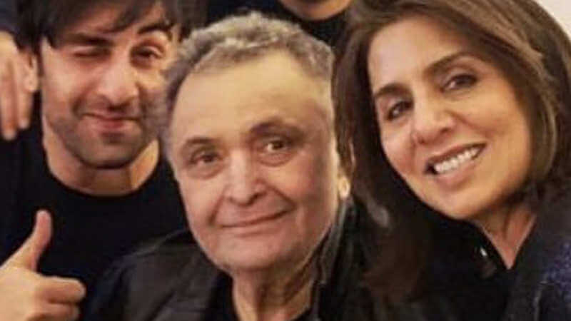 Rishi Kapoor Date Of Birth, Health, Age, Wife, Net Worth, Son, Height, Images(photos), Family, Daughter, Biography, Education, Awards, Wiki, Twitter, Instagram, Imdb, Facebook, (21)