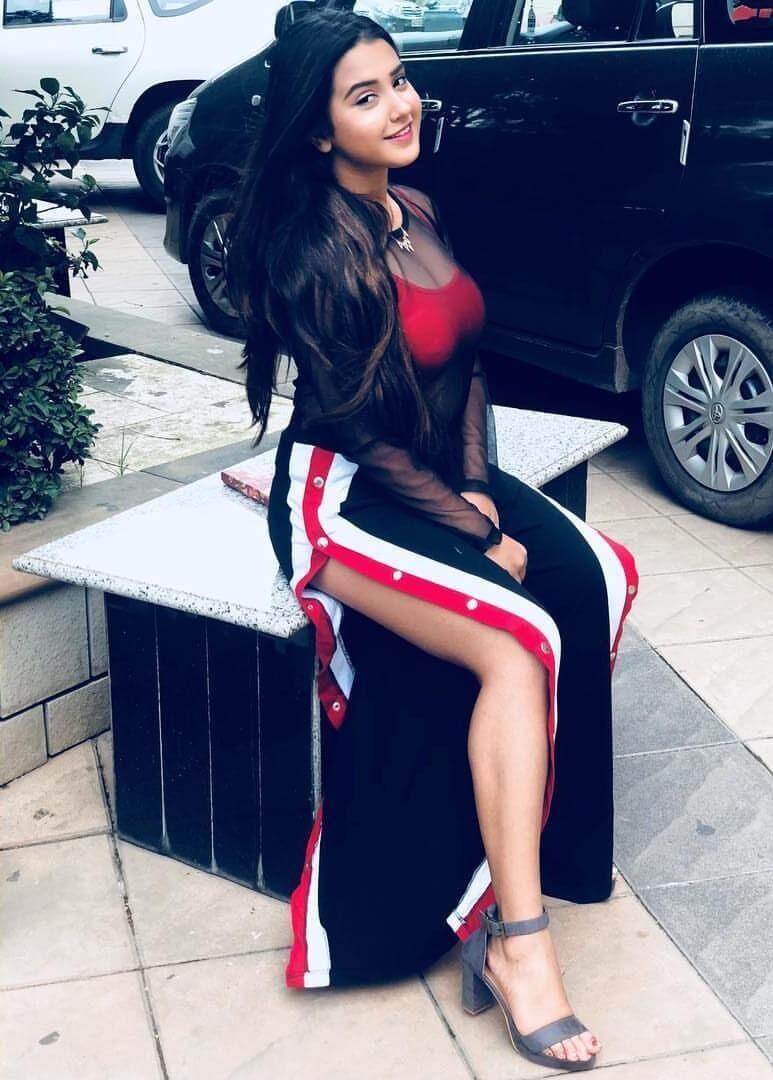 Roshni Walia Date Of Birth, Height, Biography, Age, Images(photos), Net Worth, Boyfriend, School, Instagram, Wiki, Facebook, Youtube, Twitter, Imdb, Website (48)