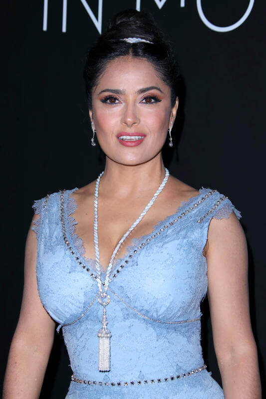 Salma Hayek Net Worth, Age, Husband, Height, Family, Images(photos), Daughter, Education, Birthday, Biography, Instagram, Residence, Birthplace, Wiki, Twitter, Facebook, Imdb, Youtube (14)