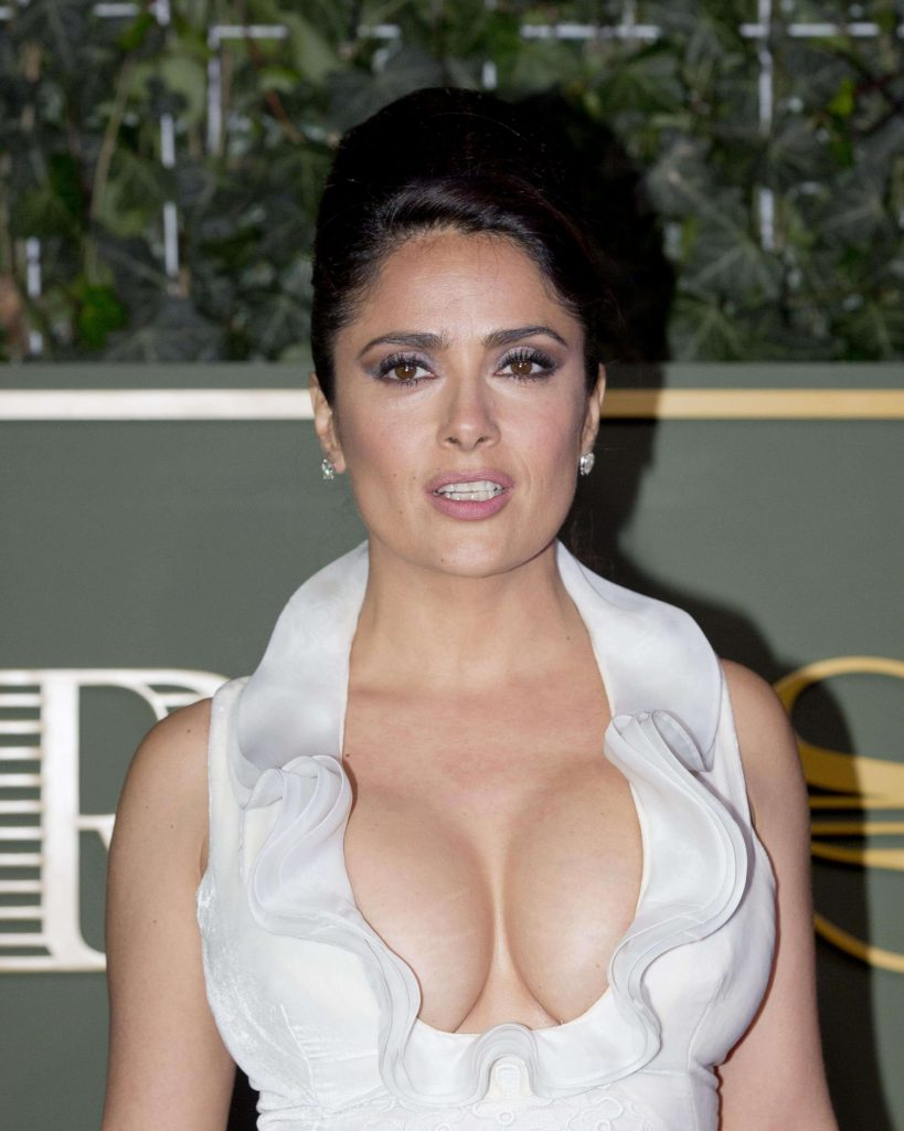Salma Hayek Net Worth, Age, Husband, Height, Family, Images(photos), Daughter, Education, Birthday, Biography, Instagram, Residence, Birthplace, Wiki, Twitter, Facebook, Imdb, Youtube (28)