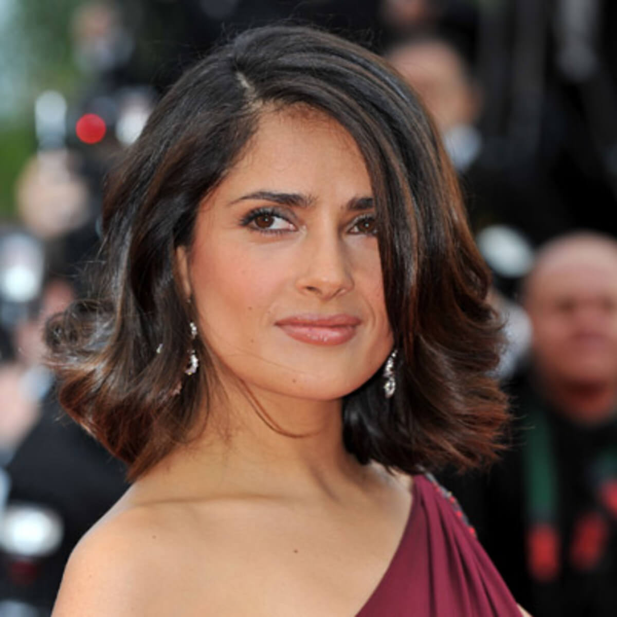 Salma Hayek Net Worth, Age, Husband, Height, Family, Images(photos), Daughter, Education, Birthday, Biography, Instagram, Residence, Birthplace, Wiki, Twitter, Facebook, Imdb, Youtube (47)