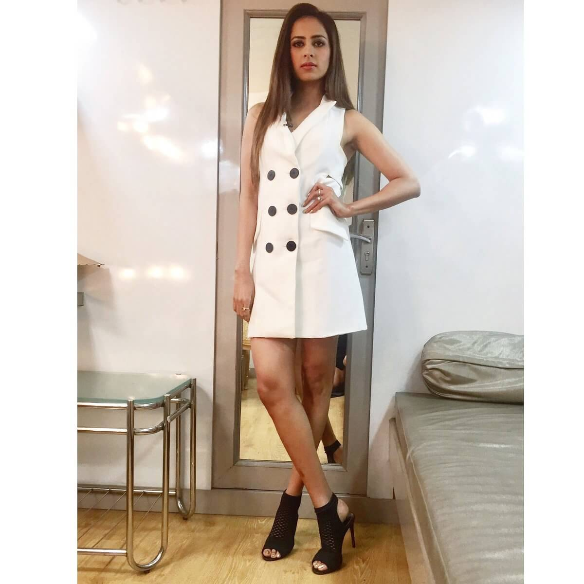 Sargun Mehta Dubey Date Of Birth, Biography, Age, Husband, Family, Height, Images(photos), Wiki, Instagram, Education, Imdb, Facebook, Twitter, Awards (15)