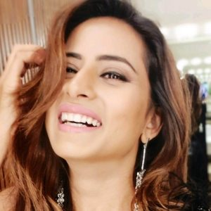 Sargun Mehta Dubey Date Of Birth, Biography, Age, Husband, Family, Height, Images(photos), Wiki, Instagram, Education, Imdb, Facebook, Twitter, Awards (2)