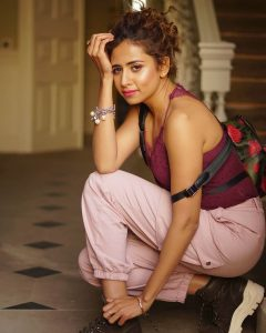 Sargun Mehta Dubey Date Of Birth, Biography, Age, Husband, Family, Height, Images(photos), Wiki, Instagram, Education, Imdb, Facebook, Twitter, Awards (41)