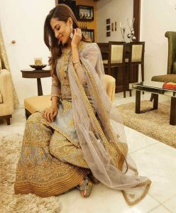 Sargun Mehta Dubey Date Of Birth, Biography, Age, Husband, Family, Height, Images(photos), Wiki, Instagram, Education, Imdb, Facebook, Twitter, Awards (9)