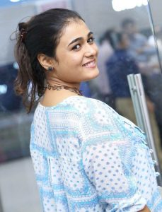 Shalini Pandey Height, Biography, Birthday, Family, Age, Details, Picture(image), Father, Date Of Birth, Boyfriend, Sister, Net Worth, Instagram, Twitter, Wiki, Facebook, Imdb (24)
