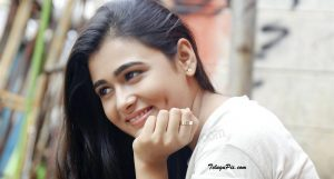 Shalini Pandey Height, Biography, Birthday, Family, Age, Details, Picture(image), Father, Date Of Birth, Boyfriend, Sister, Net Worth, Instagram, Twitter, Wiki, Facebook, Imdb (47)