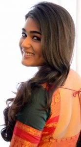Shalini Pandey Height, Biography, Birthday, Family, Age, Details, Picture(image), Father, Date Of Birth, Boyfriend, Sister, Net Worth, Instagram, Twitter, Wiki, Facebook, Imdb (8)