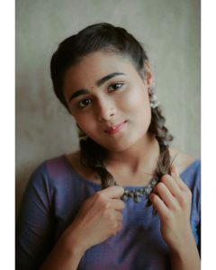 Shalini Pandey Height, Biography, Birthday, Family, Age, Details, Picture(image), Father, Date Of Birth, Boyfriend, Sister, Net Worth, Instagram, Twitter, Wiki, Facebook, Imdb (9)