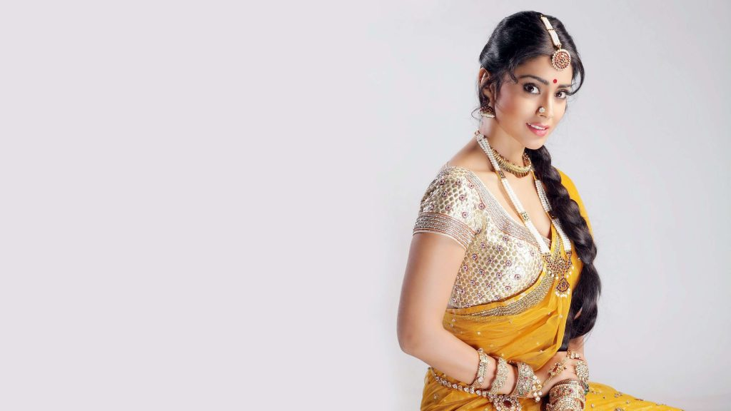 Shriya Saran Date Of Birth, Age, Husband, Married, Height, Net Worth, Biography, Images(photos), Education, Details, Wiki, Instagram, Facebook, Twitter, Imdb, Youtube, Website, Awards (1)