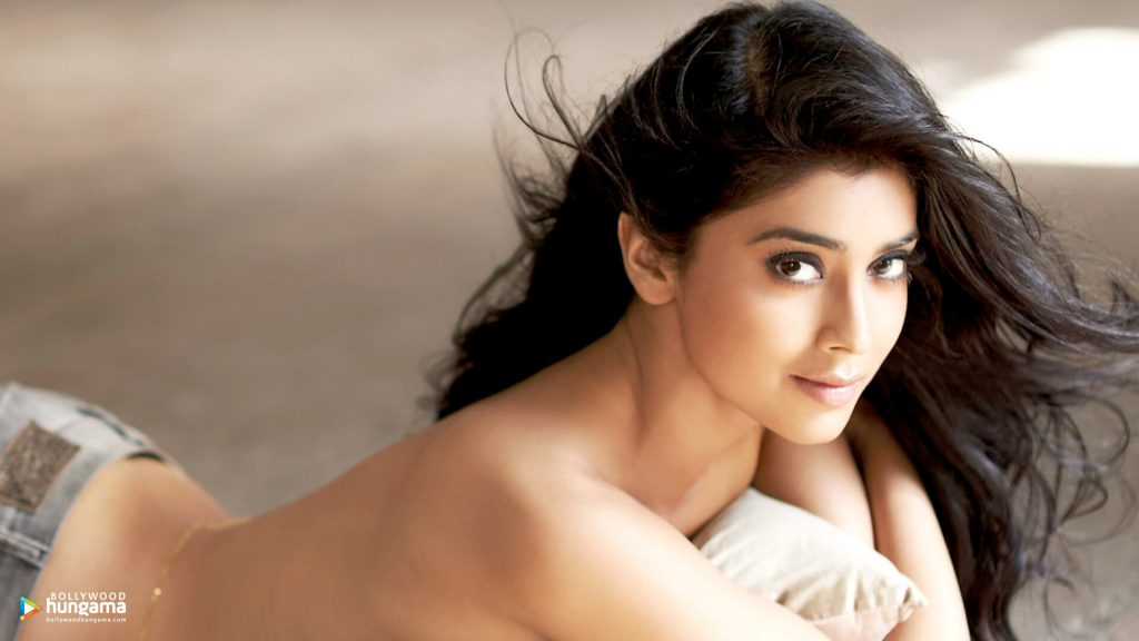 Shriya Saran Date Of Birth, Age, Husband, Married, Height, Net Worth, Biography, Images(photos), Education, Details, Wiki, Instagram, Facebook, Twitter, Imdb, Youtube, Website, Awards (10)