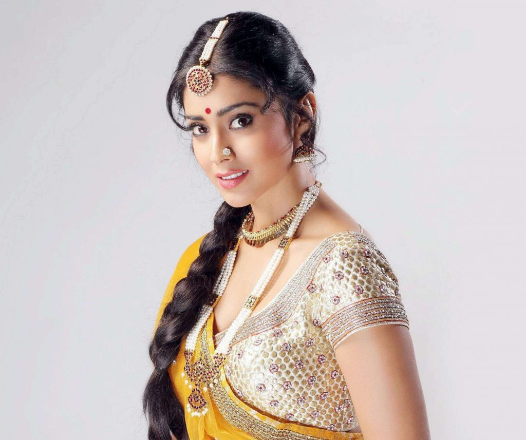 Shriya Saran Date Of Birth, Age, Husband, Married, Height, Net Worth, Biography, Images(photos), Education, Details, Wiki, Instagram, Facebook, Twitter, Imdb, Youtube, Website, Awards (17)
