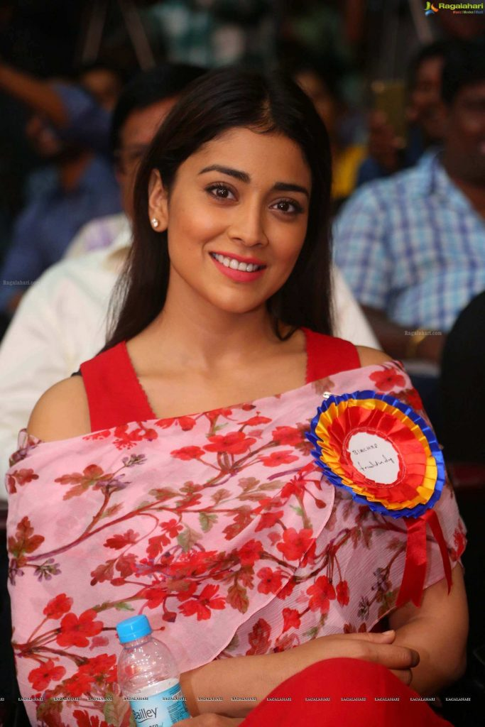 Shriya Saran Date Of Birth, Age, Husband, Married, Height, Net Worth, Biography, Images(photos), Education, Details, Wiki, Instagram, Facebook, Twitter, Imdb, Youtube, Website, Awards (23)