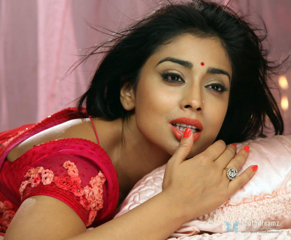 Shriya Saran Date Of Birth, Age, Husband, Married, Height, Net Worth, Biography, Images(photos), Education, Details, Wiki, Instagram, Facebook, Twitter, Imdb, Youtube, Website, Awards (41)