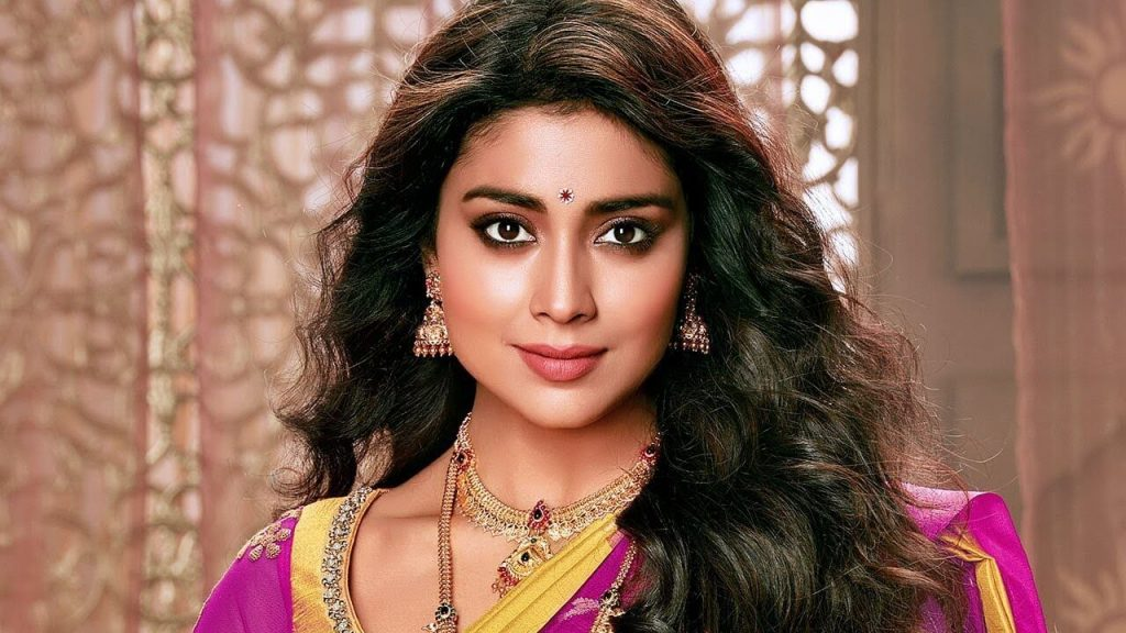 Shriya Saran Date Of Birth, Age, Husband, Married, Height, Net Worth, Biography, Images(photos), Education, Details, Wiki, Instagram, Facebook, Twitter, Imdb, Youtube, Website, Awards (42)