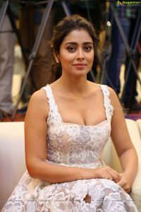 Shriya Saran Date Of Birth, Age, Husband, Married, Height, Net Worth, Biography, Images(photos), Education, Details, Wiki, Instagram, Facebook, Twitter, Imdb, Youtube, Website, Awards (46)