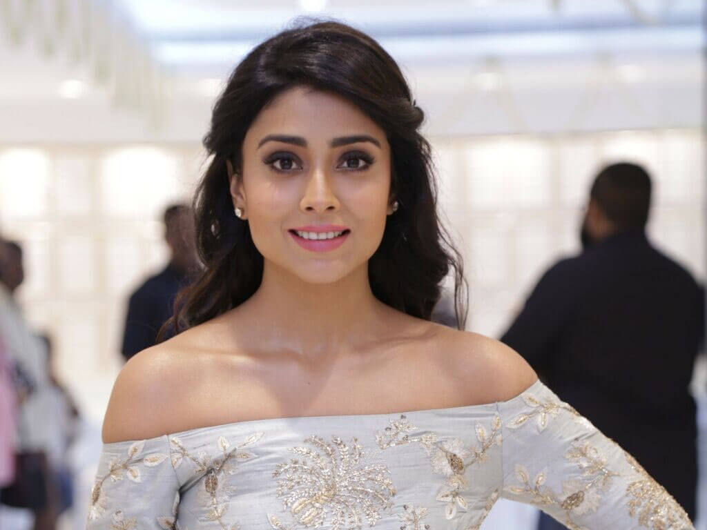 Shriya Saran Date Of Birth, Age, Husband, Married, Height, Net Worth, Biography, Images(photos), Education, Details, Wiki, Instagram, Facebook, Twitter, Imdb, Youtube, Website, Awards (69)