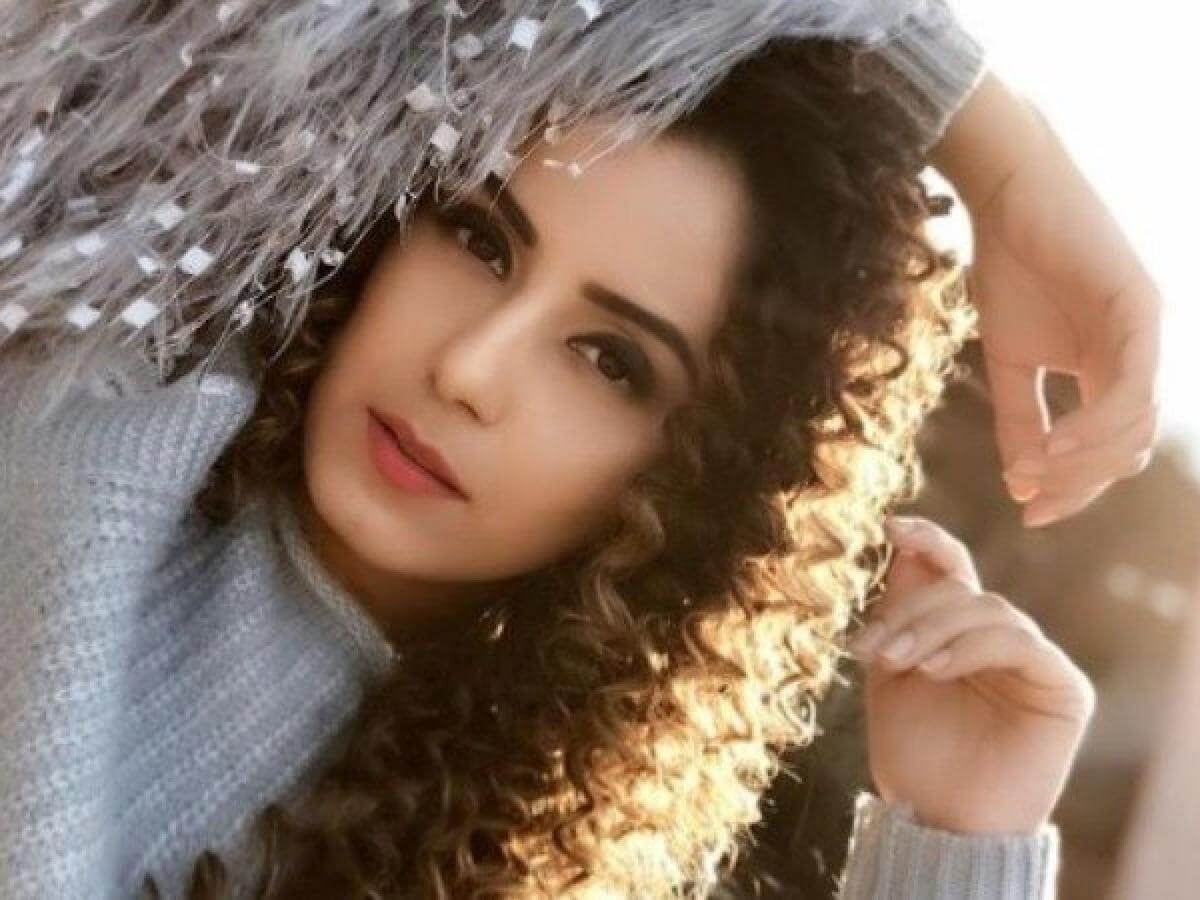 Srishty Rode Biography, Height, Husband, Age, Images(photo), Date Of Birth, Hairstyle, Education, Details, Bigg Boss, Net Worth, Twitter, Wiki, Instagram, Imdb, Youtube, Facebook (16)