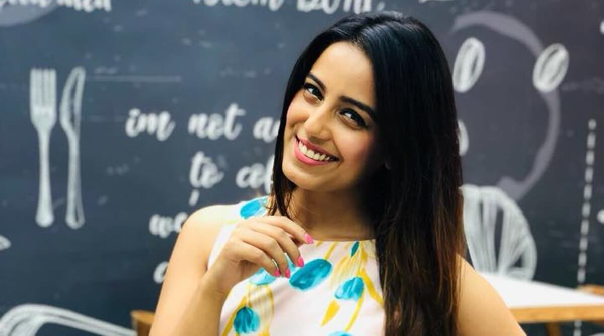 Srishty Rode Biography, Height, Husband, Age, Images(photo), Date Of Birth, Hairstyle, Education, Details, Bigg Boss, Net Worth, Twitter, Wiki, Instagram, Imdb, Youtube, Facebook (36)