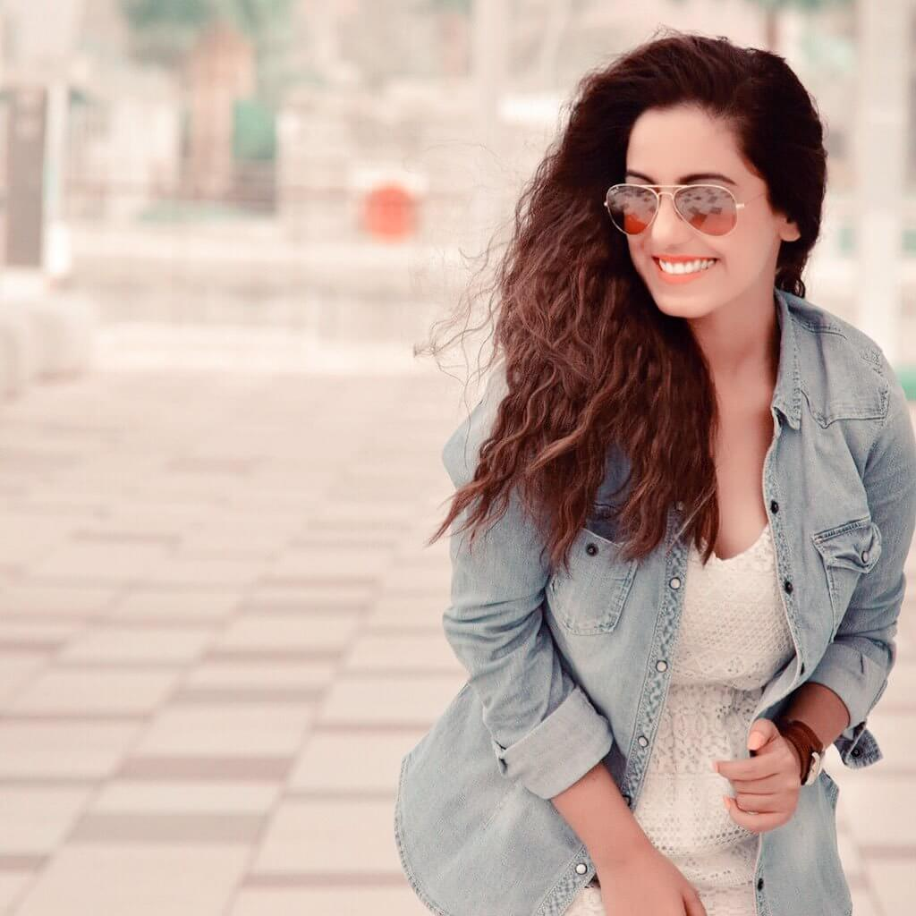 Srishty Rode Biography, Height, Husband, Age, Images(photo), Date Of Birth, Hairstyle, Education, Details, Bigg Boss, Net Worth, Twitter, Wiki, Instagram, Imdb, Youtube, Facebook (55)