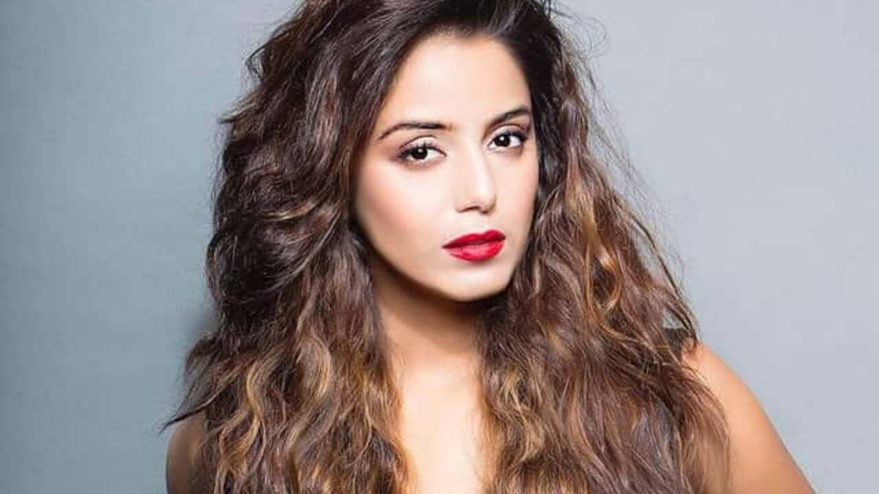 Srishty Rode Biography, Height, Husband, Age, Images(photo), Date Of Birth, Hairstyle, Education, Details, Bigg Boss, Net Worth, Twitter, Wiki, Instagram, Imdb, Youtube, Facebook (64)