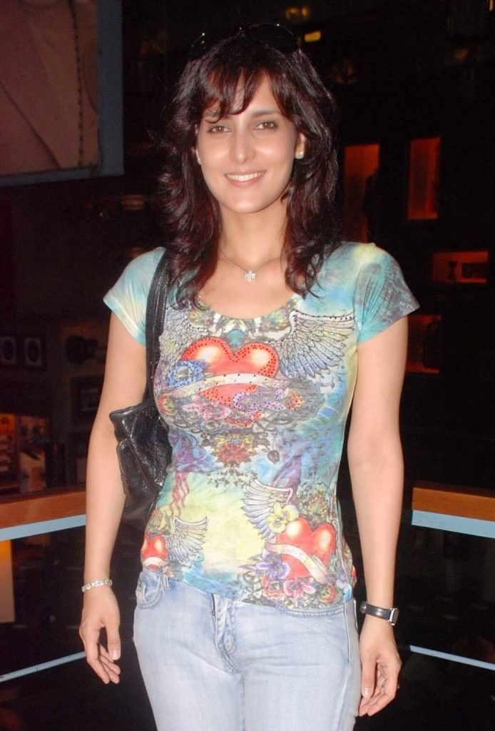 Tulip Joshi Date Of Birth, Husband, Age, Biography, Height, Images(photos), Marriage, Family, Net Worth, Wiki, Facebook, Instagram, Twitter, Imdb, Website, Education (1)