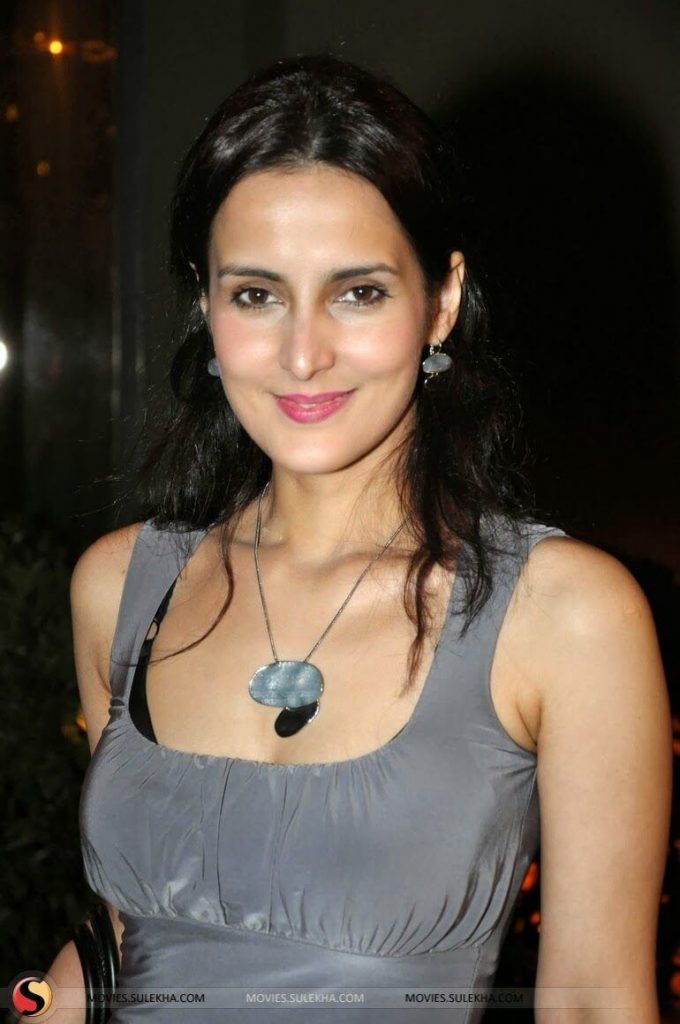 Tulip Joshi Date Of Birth, Husband, Age, Biography, Height, Images(photos), Marriage, Family, Net Worth, Wiki, Facebook, Instagram, Twitter, Imdb, Website, Education (19)