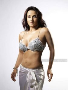 Tulip Joshi Date Of Birth, Husband, Age, Biography, Height, Images(photos), Marriage, Family, Net Worth, Wiki, Facebook, Instagram, Twitter, Imdb, Website, Education (24)