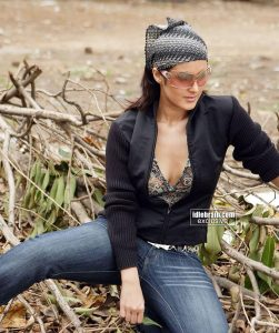Tulip Joshi Date Of Birth, Husband, Age, Biography, Height, Images(photos), Marriage, Family, Net Worth, Wiki, Facebook, Instagram, Twitter, Imdb, Website, Education (37)