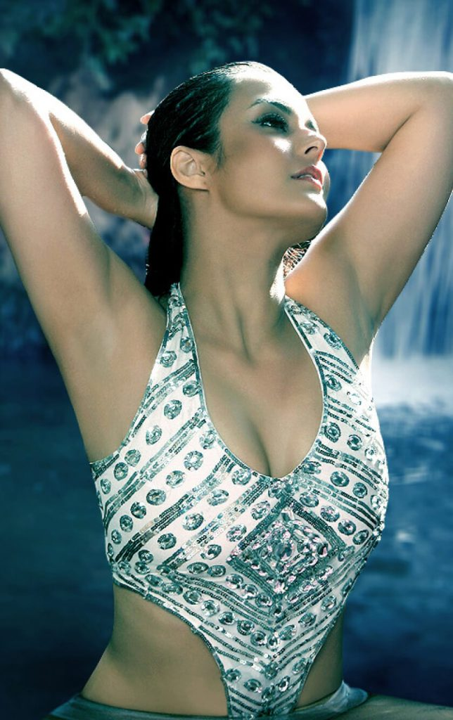 Tulip Joshi Date Of Birth, Husband, Age, Biography, Height, Images(photos), Marriage, Family, Net Worth, Wiki, Facebook, Instagram, Twitter, Imdb, Website, Education (47)