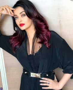 Aishwarya Rai Bachchan Photo(image), Birthdate, Height, Age, Daughter, Net Worth, Biography, Eyes, Family, Husband, Wedding, Brother, Father, History, Twitter, Instagram, Facebook, Imdb, Wiki (1 (26)