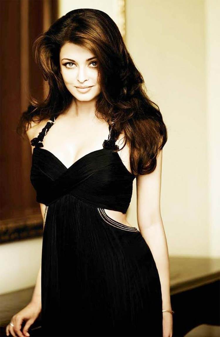 Aishwarya Rai Bachchan Photo(image), Birthdate, Height, Age, Daughter, Net Worth, Biography, Eyes, Family, Husband, Wedding, Brother, Father, History, Twitter, Instagram, Facebook, Imdb, Wiki (1 (29)